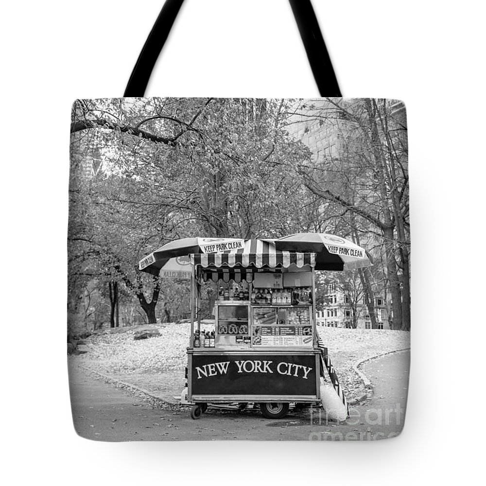 Tote bag featuring Central Park New York