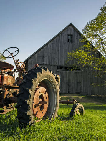 MH03 Old Tractor and Barn by Edward M. Fieldng